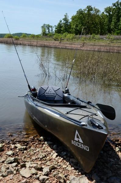 An Ascend FS 10 kayak ready to go fishing on the shore of Trueman Lake Missouri