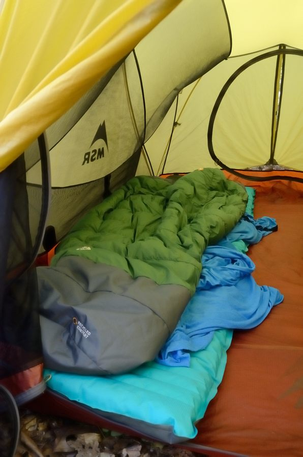 Go-Lite 1+ season quilt, Sea to Summit sleeping bag liner and ... : all season quilt - Adamdwight.com